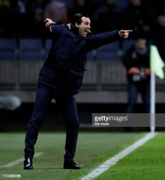 Arsenal head coach Unai Emery gestures during the UEFA Europa League Round of 32 First Leg match between BATE Borisov and Arsenal at BorisovArena on...