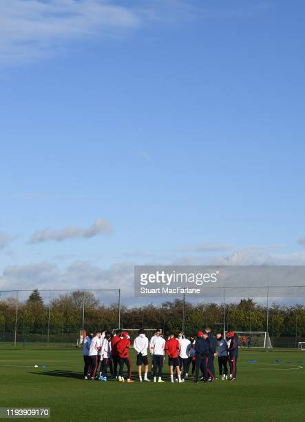 Arsenal Interim Head Coach Freddie Ljungberg talks to the Arsenal players and staff during a training session at London Colney on December 14 2019 in...