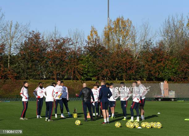 Arsenal Interim Head Coach Freddie Ljungberg talks to the players during a training session at London Colney on November 29 2019 in St Albans England