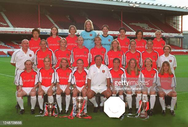 Arsenal Ladies team group Back row Meg Ogawa Emma Moore Alana Livingston Emma Byrne Toni Ann Wayne Jess Wright Momo Nakaike Middle row Danny O'Shea...