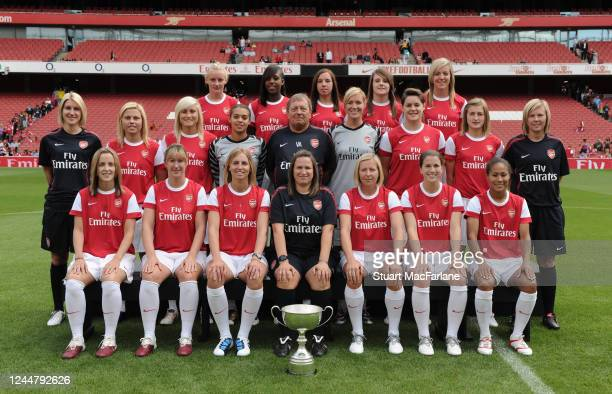 Arsenal Ladies team group Front row Natalie Ross Danielle Carter Jordan Nobbs Lauren Bruton Gemma Davison Middle row Physio Gilly Flaherty Steph...