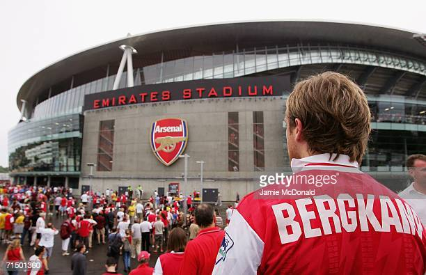 Arsenal looks on prior to kick during the Dennis Bergkamp testimonial match between Arsenal and Ajax at the Emirates Stadium on July 22 2006 in...