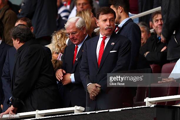 Arsenal majority owner Stan Kroenke looks on before the Barclays Premier League match between Arsenal and Hull City at Emirates Stadium on October 18...