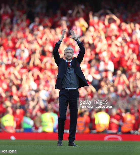 Arsenal manager Arsene Wenger acknowledges the fans at the end of the game during the Premier League match between Arsenal and Burnley at Emirates...