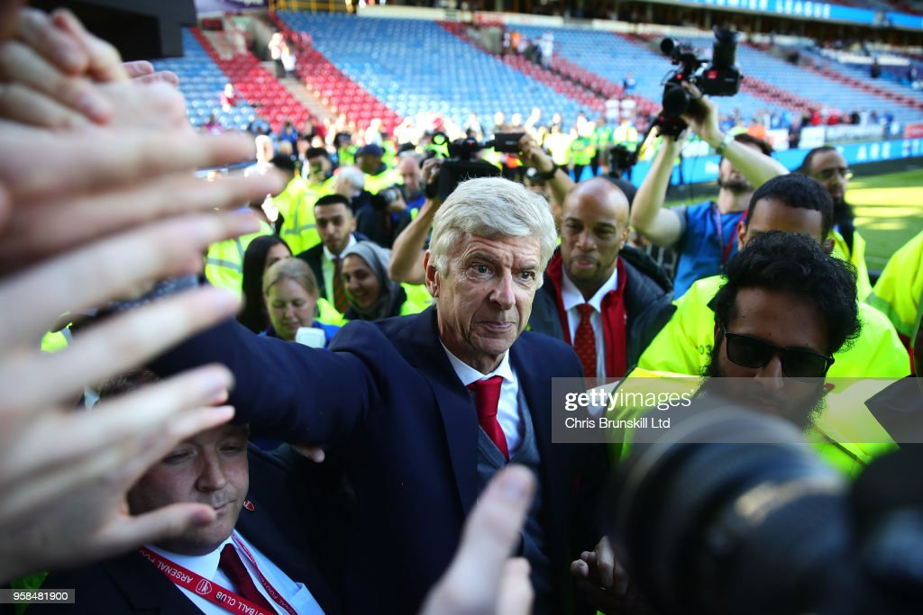 Huddersfield Town v Arsenal - Premier League : News Photo