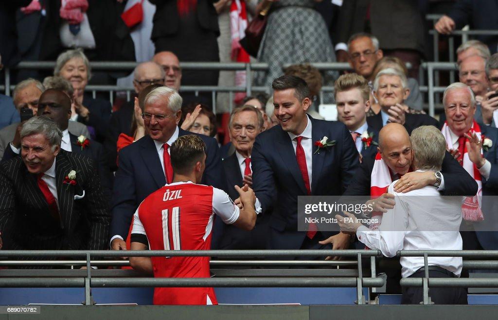 Arsenal v Chelsea - Emirates FA Cup - Final - Wembley Stadium : News Photo