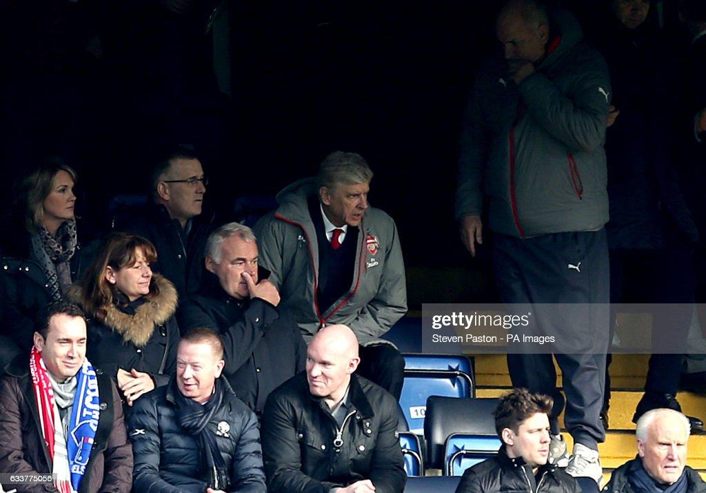 Chelsea v Arsenal - Premier League - Stamford Bridge : News Photo