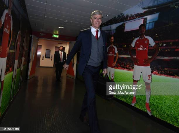 Arsenal manager Arsene Wenger walks to the home changing room before the UEFA Europa League Semi Final leg one match between Arsenal FC and Atletico...
