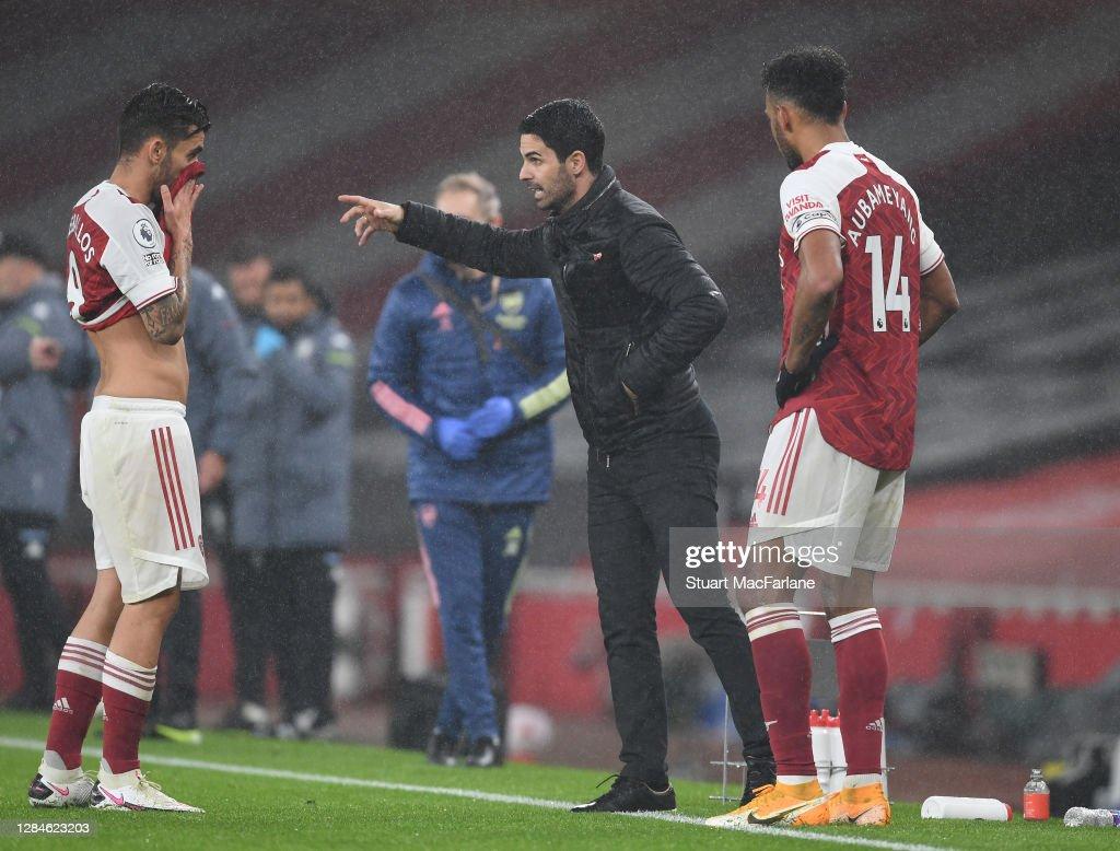 Arsenal v Aston Villa - Premier League : News Photo