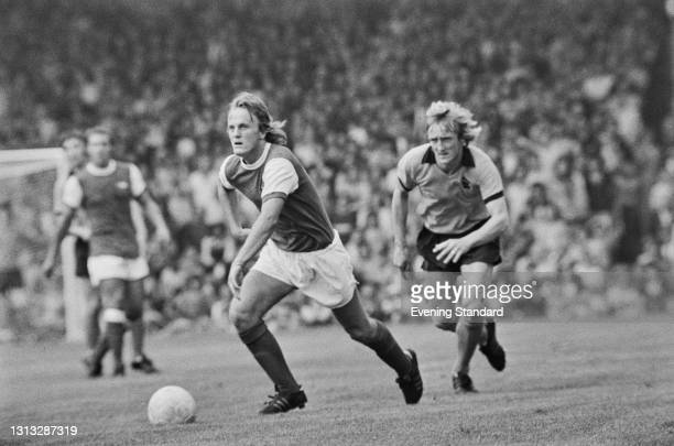 Arsenal midfielder Brian Hornsby during an FA Cup 3rd place play-off against Wolverhampton Wanderers at Highbury in London, UK, 18th August 1973. The...