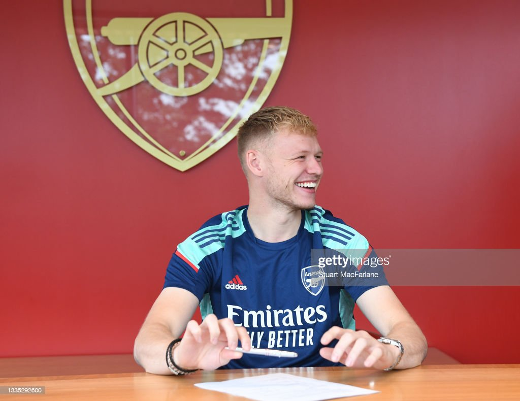 Arsenal Unveil New Signing Aaron Ramsdale : News Photo