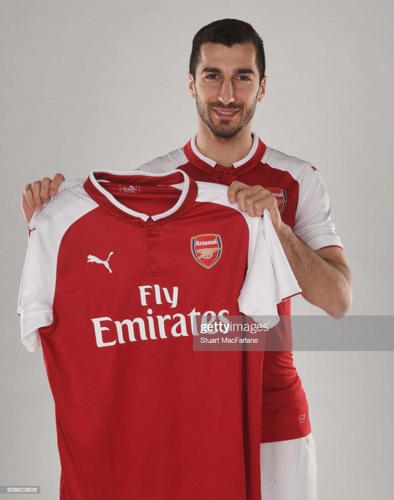 Arsenal Unveil New Signing Henrikh Mkhitaryan... : News Photo