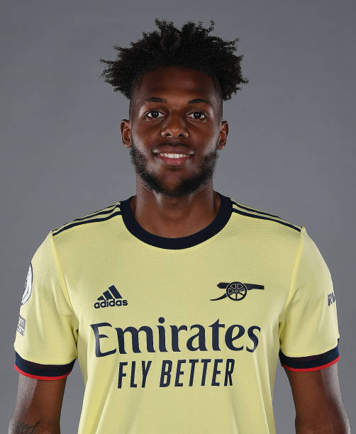 GBR: Arsenal Unveil New Signing