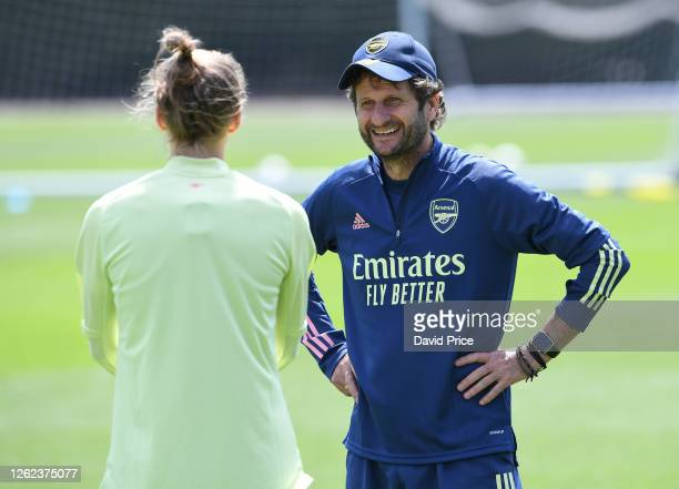 Arsenal Women's Manager Joe Montemurro chats to Vivianne Miedema during the Arsenal Women training session at Arsenal Academy on July 29 2020 in...