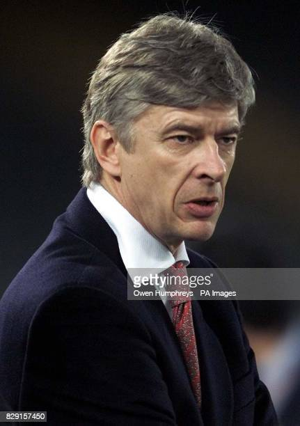 Arsenal's Arsene Wenger in Turin ahead of the Champions League game against Juventus at the Delle Alpi Stadium Turin Italy THIS PICTURE CAN ONLY BE...