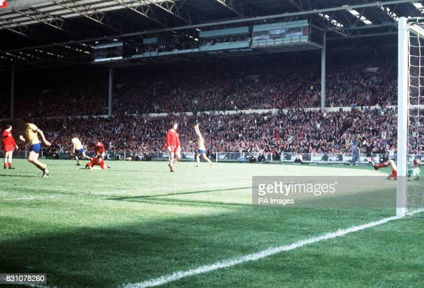 Arsenal's Charlie George celebrates after scoring the winning goal for Arsenal during FA Cup final at Wembley stadium Final Score Arsenal 2 Liverpool...