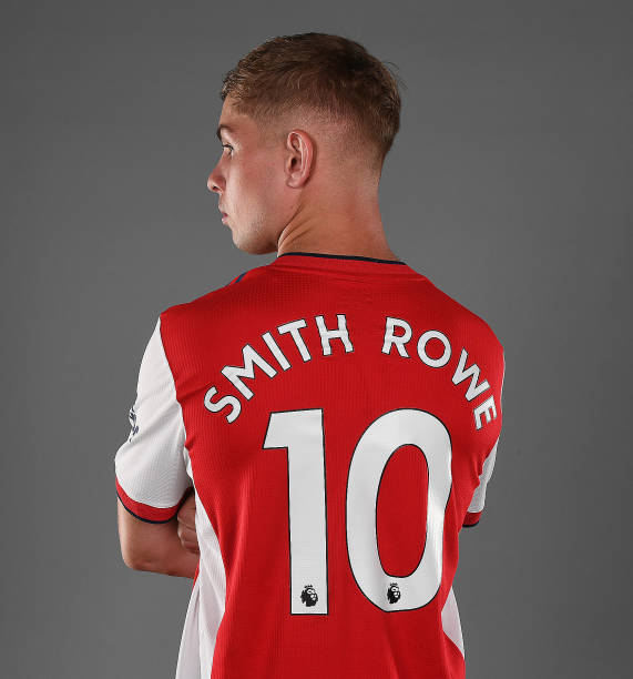GBR: Emile Smith-Rowe Signs a New Contract at Arsenal