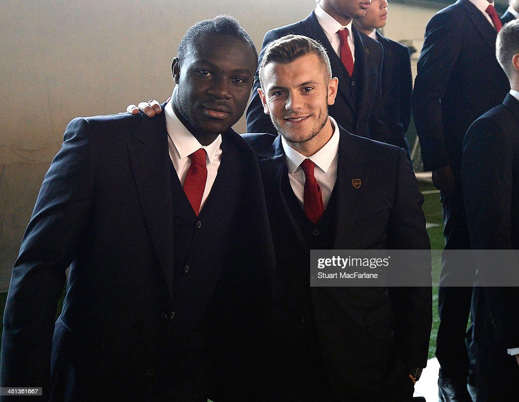 Arsenal Players Pose in Their New Club Suits : News Photo