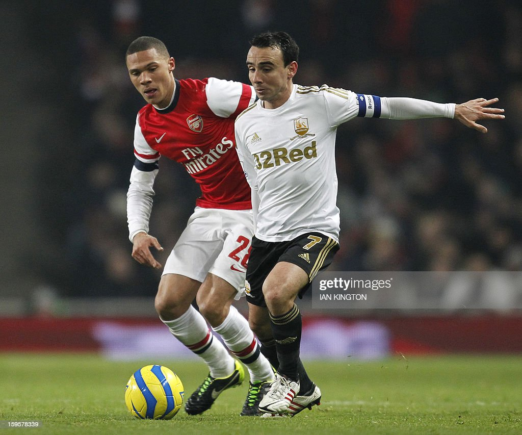 FBL-ENG-FACUP-ARSENAL-SWANSEA : News Photo
