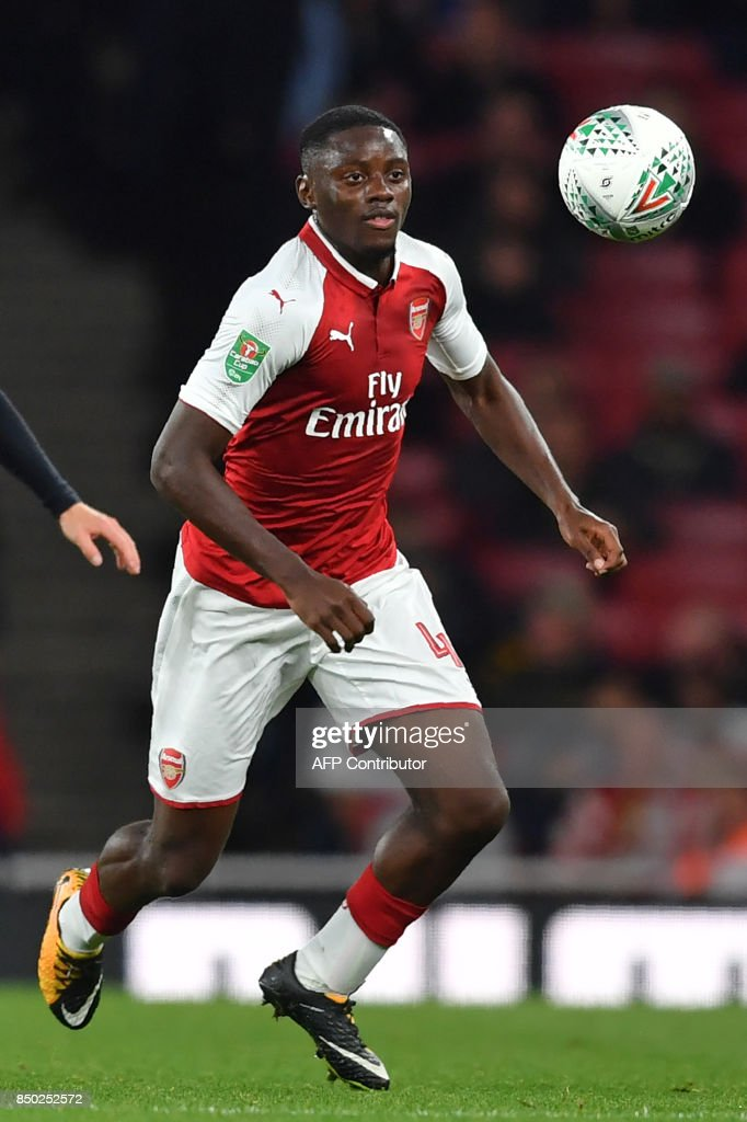 Arsenal's English midfielder Josh Da Silva controls the ball during the English League Cup third round football match between Arsenal and Doncaster Rovers at The Emirates Stadium in London on September 20, 2017. / AFP PHOTO / Ben STANSALL / RESTRICTED TO EDITORIAL USE. No use with unauthorized audio, video, data, fixture lists, club/league logos or 'live' services. Online in-match use limited to 75 images, no video emulation. No use in betting, games or single club/league/player publications. /