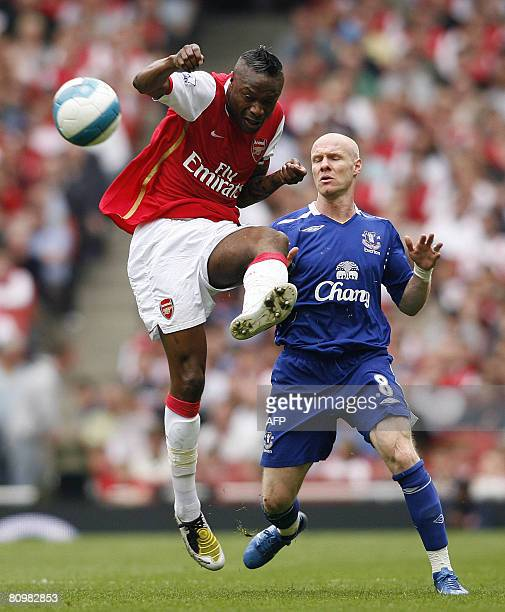 Arsenal's French Defender William Gallas vies with Everton's English Striker Andrew Johnson their Premier League match against Everton at the...