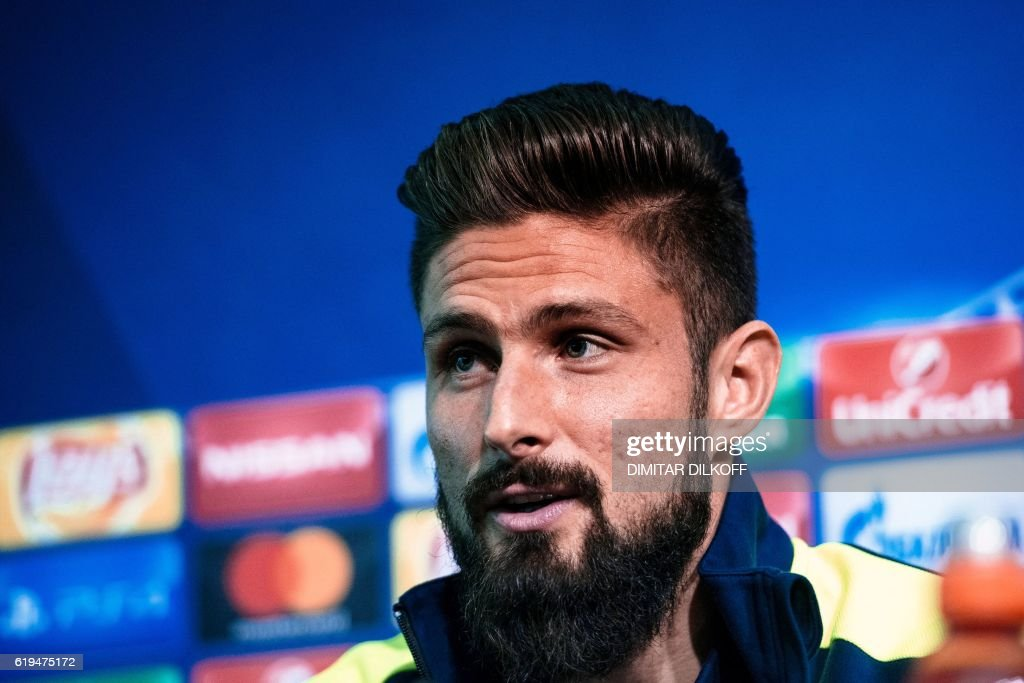 Arsenal's French forward Olivier Giroud gives a press conference on the eve of the UEFA Champions League group A football match between Ludogorets and Arsenal in Sofia on October 31, 2016. / AFP / DIMITAR