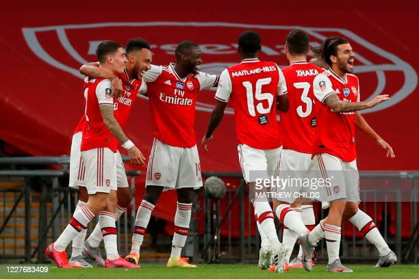 4 309 Arsenal Vs Man City Photos And Premium High Res Pictures Getty Images