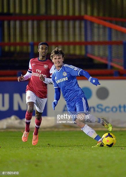 Arsenal's Gedion Zelalem and Chelsea's John Swift battle for the ball