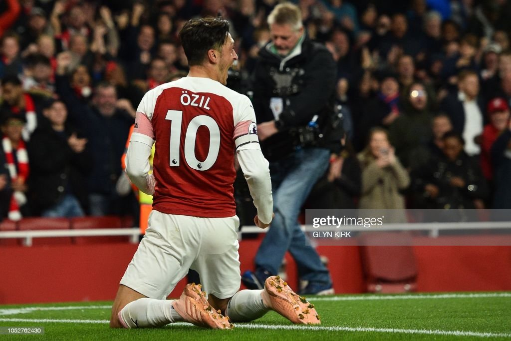 FBL-ENG-PR-ARSENAL-LEICESTER : News Photo