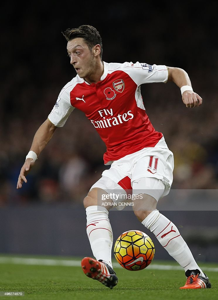 FBL-ENG-PR-ARSENAL-TOTTENHAM : News Photo