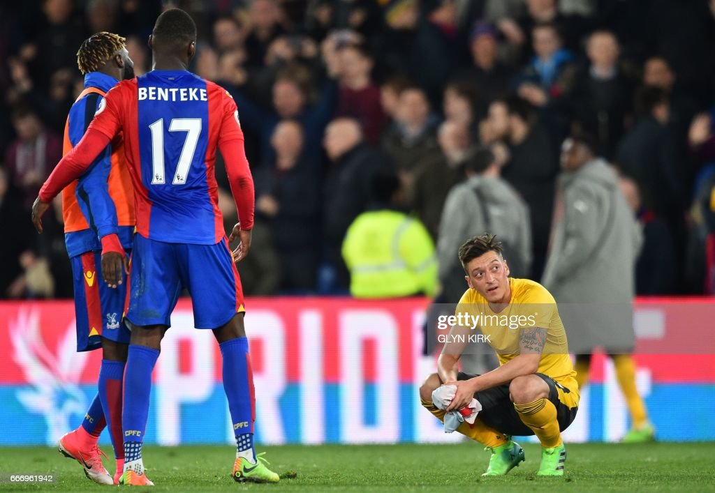 FBL-ENG-PR-CRYSTAL PALACE-ARSENAL : News Photo