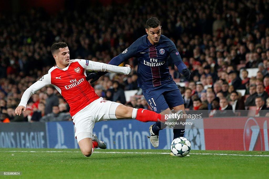 Arsenal FC vs Paris Saint-Germain FC - UEFA Champions League : News Photo