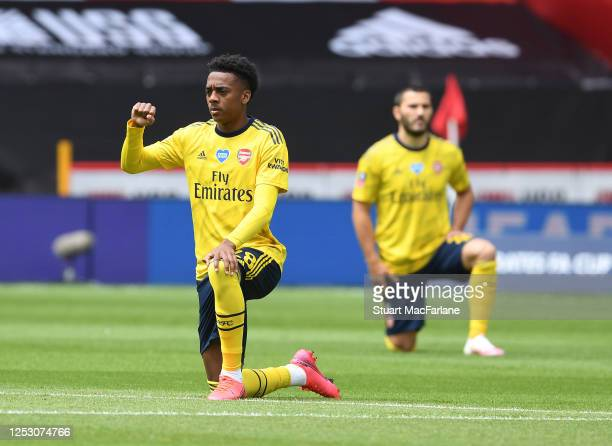 Arsenal's Joe Willock 'takes a knee' before the FA Cup Fifth Quarter Final match between Sheffield United and Arsenal FC at Bramall Lane on June 28,...