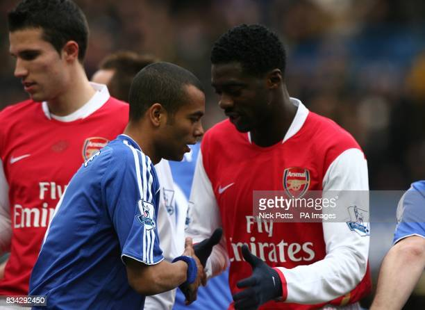 Arsenal's Kolo Toure and Chelsea's Ashley Cole shake hands prior to kick off