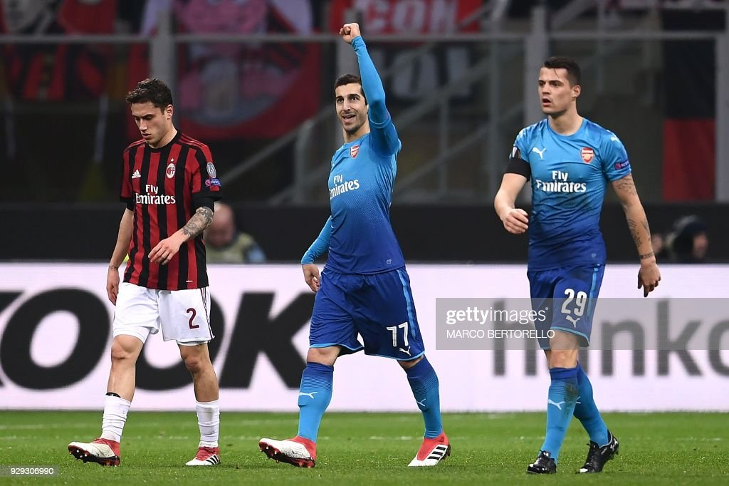 TOPSHOT-FBL-EUR-C3-MILAN-ARSENAL : News Photo