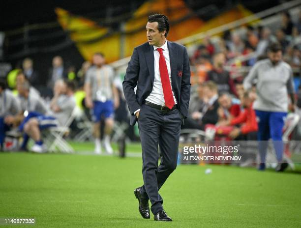 Arsenal's Spanish head coach Unai Emery follows the action from the sidelines during the UEFA Europa League final football match between Chelsea FC...