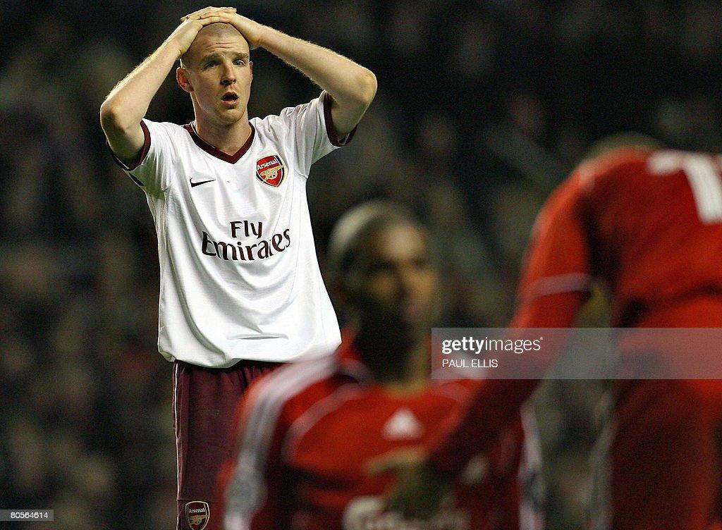 Arsenal's Swiss defender Philippe Sender : Nachrichtenfoto