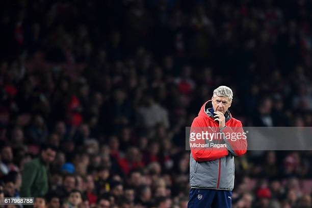 Arsene Wenger Manager of Arsenal looks on during the EFL Cup fourth round match between Arsenal and Reading at Emirates Stadium on October 25 2016 in...