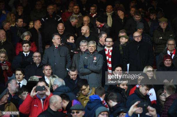 Arsene Wenger Manager of Arsenal looks on during The Emirates FA Cup Third Round match between Nottingham Forest and Arsenal at City Ground on...