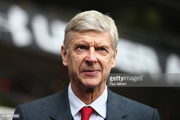 Arsene Wenger manager of Arsenal looks on prior to the Barclays Premier League match between Tottenham Hotspur and Arsenal at White Hart Lane on...