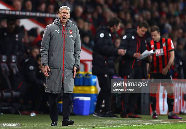 Arsene Wenger Manager of Arsenal shouts during the Premier League match between AFC Bournemouth and Arsenal at Vitality Stadium on January 3 2017 in...