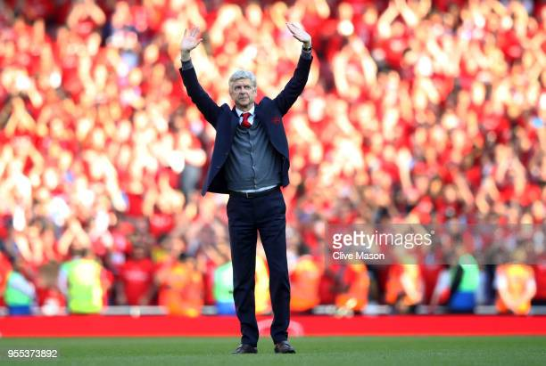 Arsene Wenger Manager of Arsenal shows appreciation to the fans after the Premier League match between Arsenal and Burnley at Emirates Stadium on May...