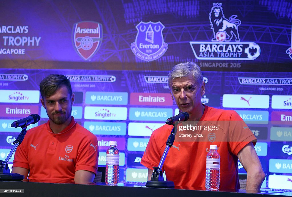 Barclays Asia Trophy Press Conference : News Photo