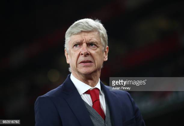 Arsene Wenger of Arsenal looks on prior to the UEFA Europa League Round of 16 Second Leg match between Arsenal and AC Milan at Emirates Stadium on...