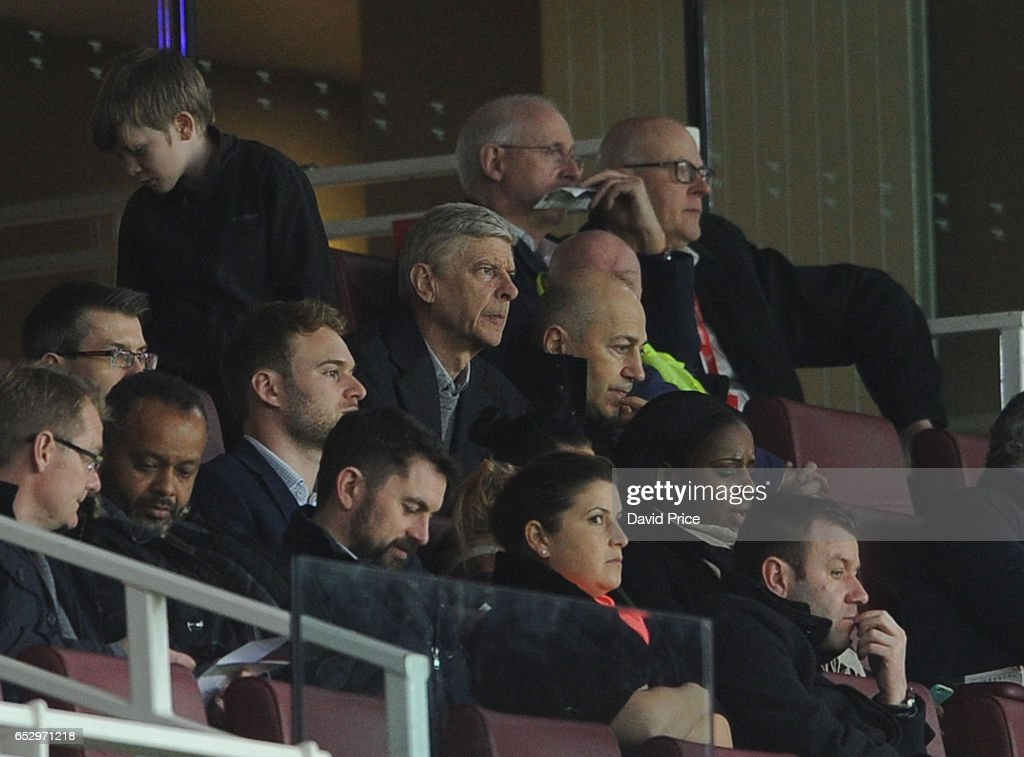 Arsene Wenger the Arsenal Manager watches the match with Ivan Gazidis the Arsenal CEO during match between Arsenal and Manchester City at Emirates Stadium on March 13, 2017 in London, England.