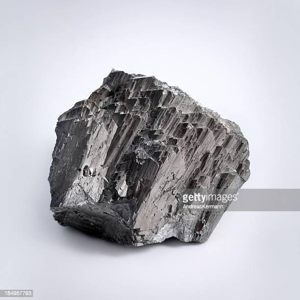 Arsenic sulfide mineral