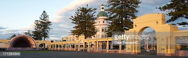 アールデコ調の建築デザイン、ニュージーランド - ホークスベイ地域 ストックフォトと画像