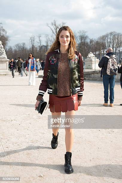 Art Director and Fashion consultant Sofía Sanchez Barrenechea wears all Valentino on day 8 during Paris Fashion Week Autumn/Winter 2016/17 on March 8...
