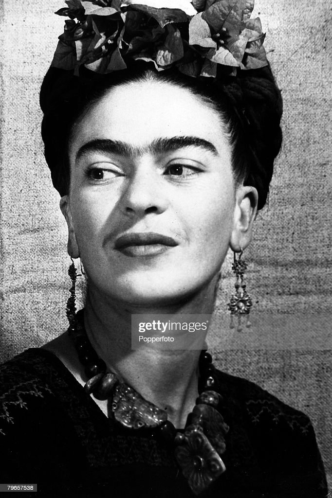 Art, Personalities, pic: circa 1930's, Frida Kahlo, Mexican born artist/painter (c1907-1954) : Fotografía de noticias