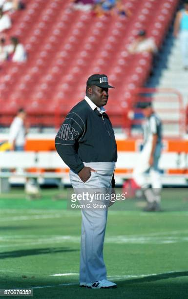 Art Shell head coach of the Los Angeles Raiders against the Los Angeles Rams at Anaheim Stadium circa 1994 in AnaheimCalifornia